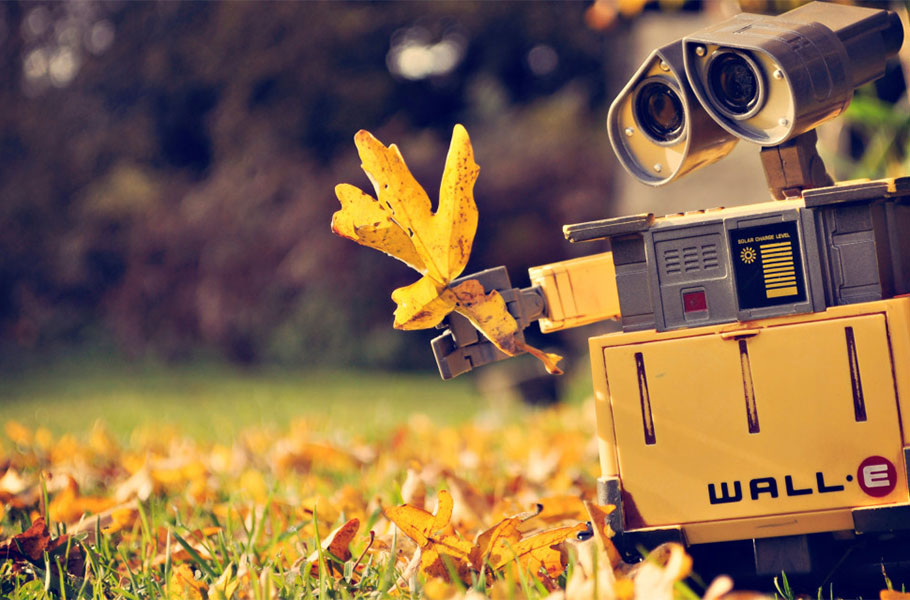 wall-e-wallpaper-900X600